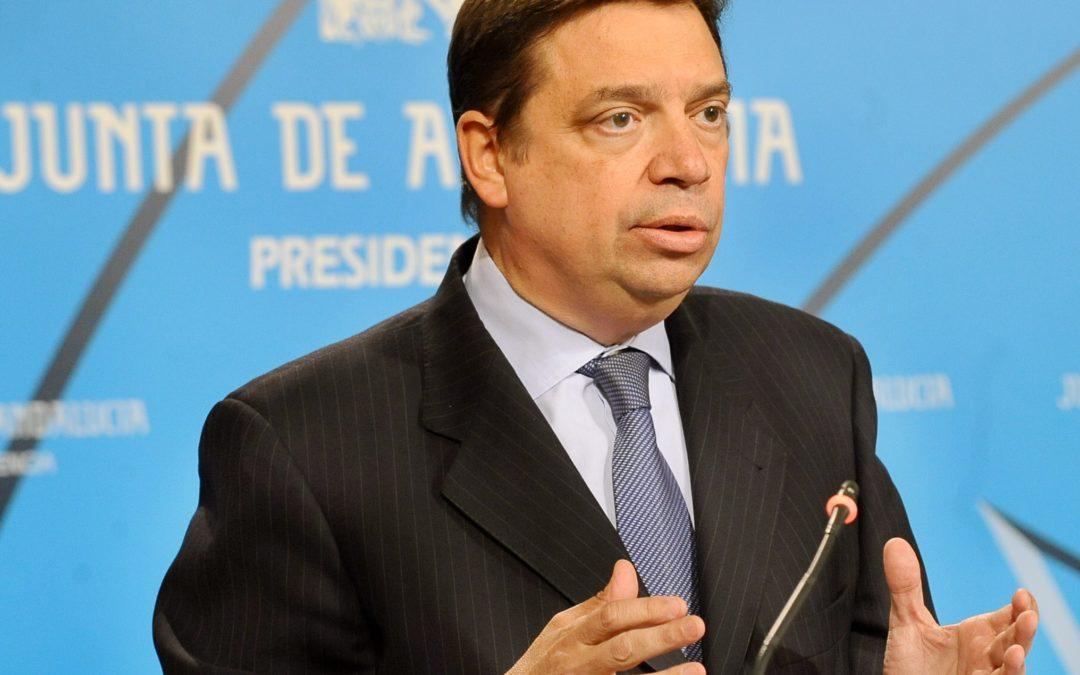 EL SECTOR AGRARIO VALORA LOS CONOCIMIENTOS PREVIOS, DEL NUEVO MINISTRO, EN LA MATERIA